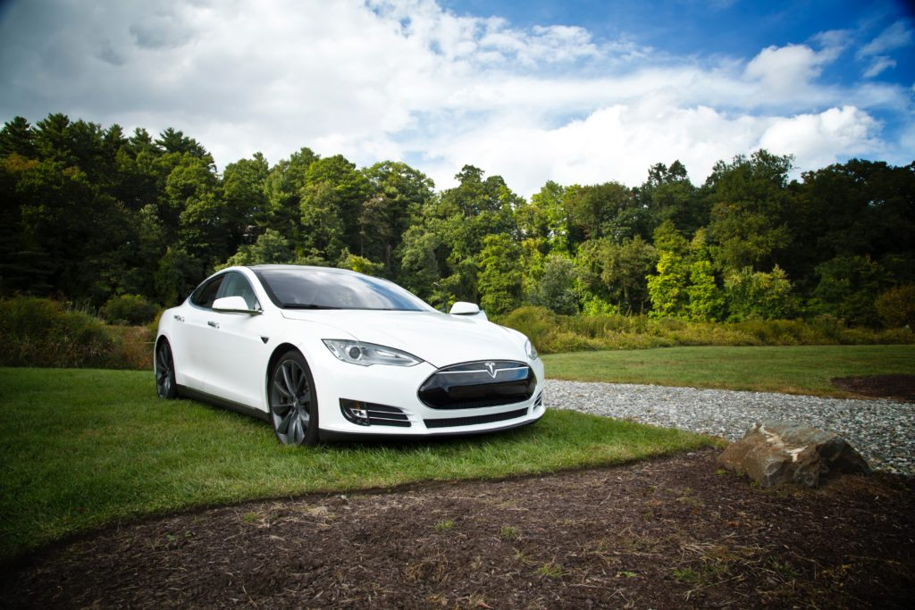 Tesla Model S runs for 1,078 kms on a single charge