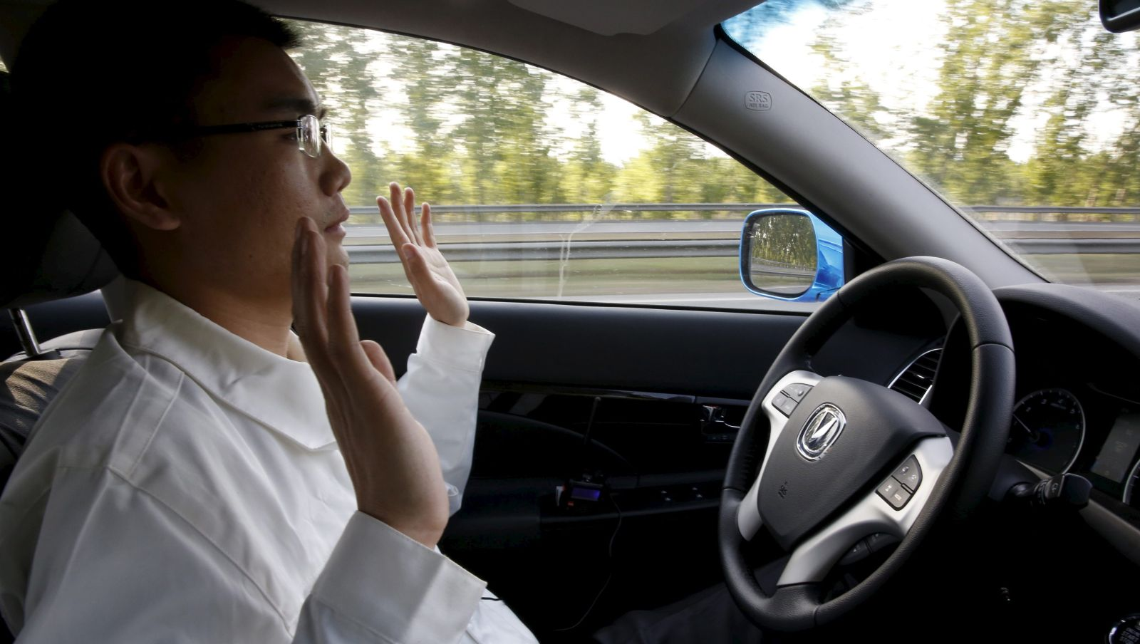 Chinese Startups To Compete With Tech Giants To Make Self Driving Taxis A Reality